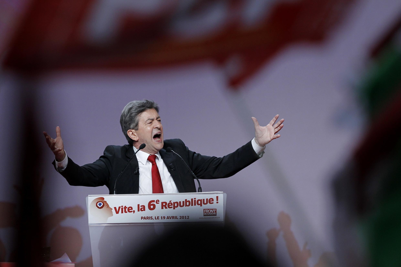 O candidato da Frente de Esquerda, Jean-Luc Mélenchon, no seu comício em Paris do dia 19 de abril de 2012.