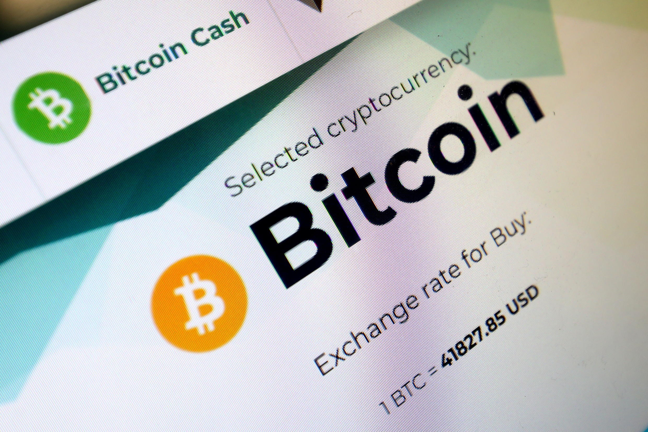 2021-05-19T171005Z_519070049_RC21JN9MT9WD_RTRMADP_3_CRYPTO-CURRENCY-BITCOIN