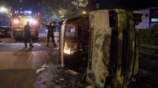 Enfrentamientos entre jóvenes y policías en Nantes luego de que las fuerzas del orden abatieran a un hombre que se resistió a su arresto, el 3 de julio de 2018.