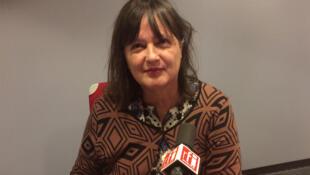 Sylvaine Bulle en studio à RFI.