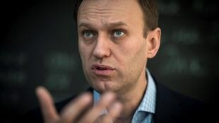 Russian opposition leader Alexei Navalny fell ill a week ago