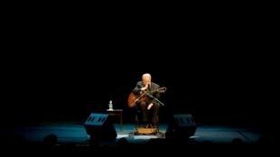 O músico brasileiro João Gilberto. 24 de Agosto de 2008 no Teatro Municipal do Rio de Janeiro, Brasil.