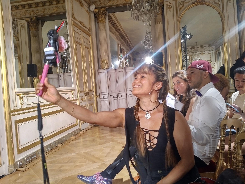 ¡Teléfono y Selfie!