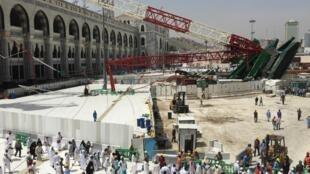 Queda de guindaste matou mais de cem pessoas na Grande Mesquita de Meca.