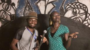 Le dramaturge Sinzo Aanza et la comédienne Nanyadji Kagara.