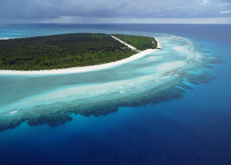 Juan de Nova, một trong năm đảo thuộc quần đảo Eparses thuộc Pháp, nằm tại Ấn Độ Dương, được coi là một trong những khu bảo tồn Đa dạng Sinh học hiếm hoi không bị con người xâm phạm.