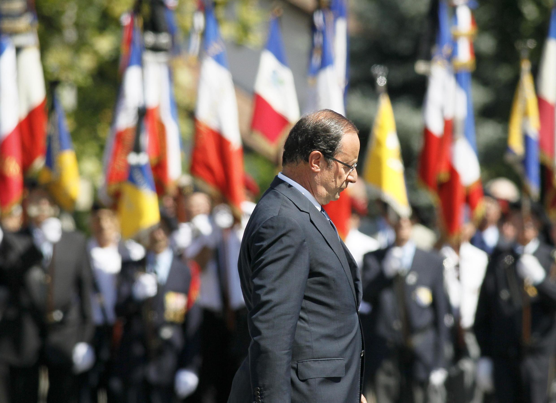 O presidente da França, François Hollande, em cerimônia em Varces no leste da França.