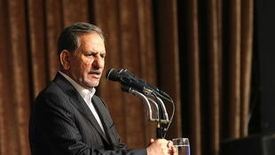 Le premier vice-président iranien, Eshagh Jahangiri (photo) renonce à sa candidature au profit du président sortant Rohani.