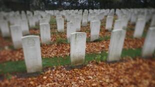 Le cimetière militaire de Bayeux.