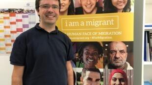 Luís Carrasquinho é o técnico responsável em Portugal pelo projeto do retorno voluntário de imigrantes aos seus países de origem.