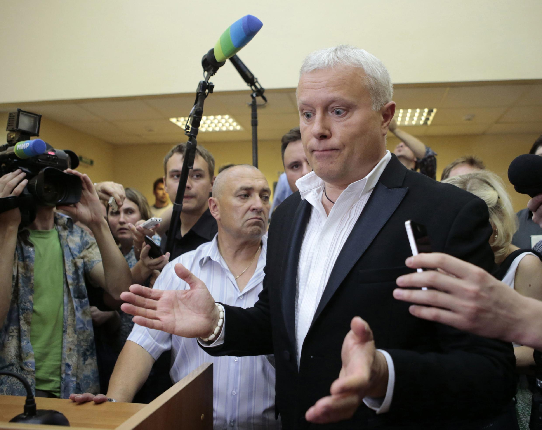 Российский медиа-магнат Александр Лебедев в зале суда 02/07/2013
