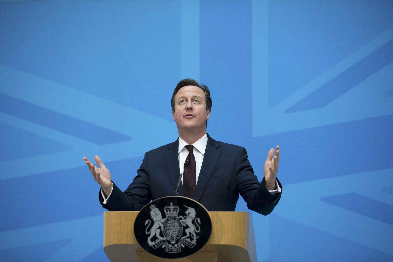 O projeto de fazer um referendo para decidir se o Reino Unido continua ou não na União Europeia deu seu primeiro passo no parlamento britânico nesta terça-feira (9).