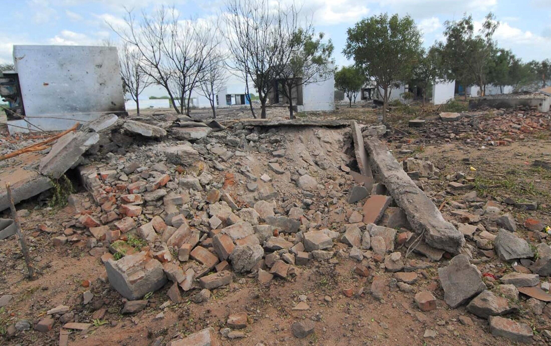 Vista geral da fábrica de fogos de artifício indiana, em Sivakasi, onde ocorreu acidente com 33 vítimas fatais nesta quarta-feira.