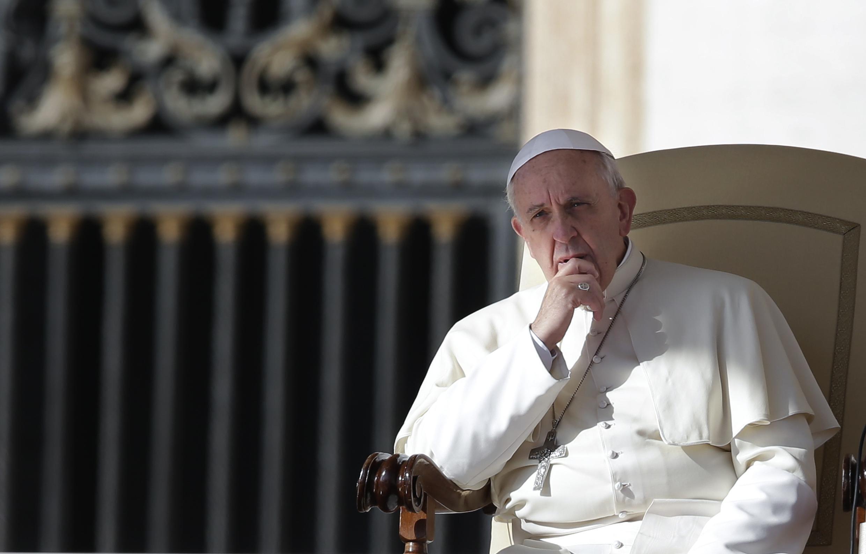 Giáo hoàng Phanxicô, ở quảng trường thánh Phêrô, Vatican, 23/10/2013