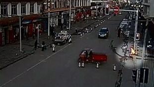 Hình video một người tự thiêu ở Tứ Xuyên, được trao  cho Reuters ngày 25/12/2012.
