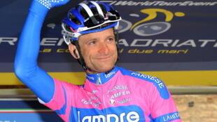 Michele Scarponi participando en la Tirreno-Adriatico.