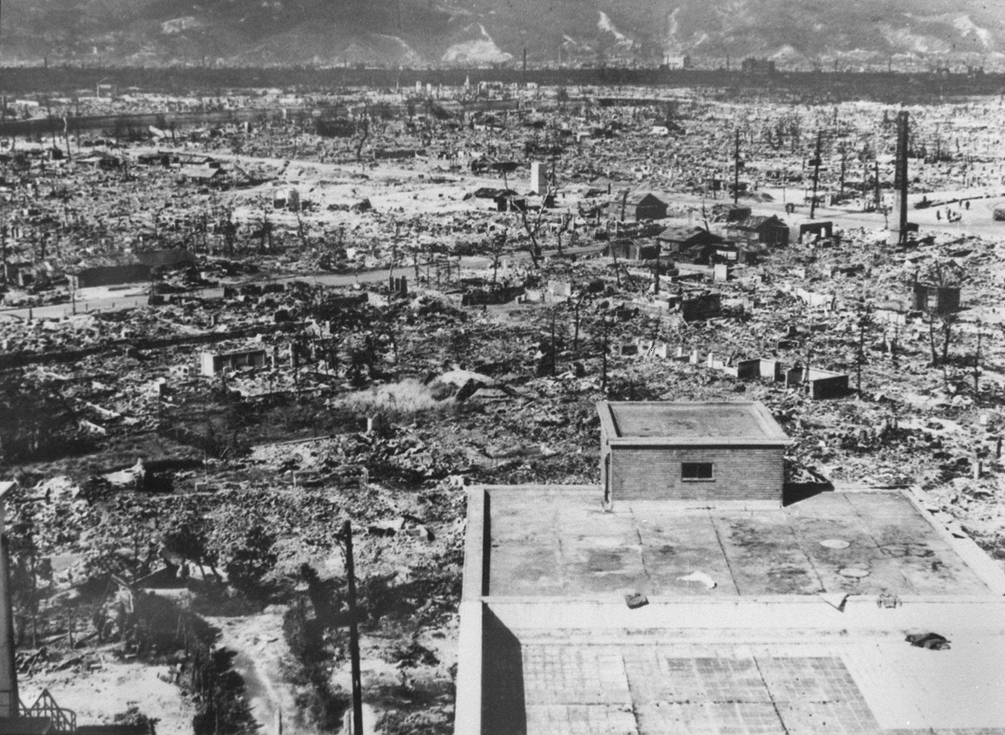 Hiroshima le 6 aout 1945 après l'explosion de la bombe nucléaire américaine