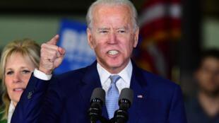 Joe Biden prend la parole lors du Super Tuesday à Los Angeles, le 3 mars 2020.