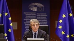 Le président du Parlement européen, David Sassoli, ici, à Bruxelles, le 24 mars 2021, fait partie des huit personnalités de l'UE sanctionnées par Moscou.