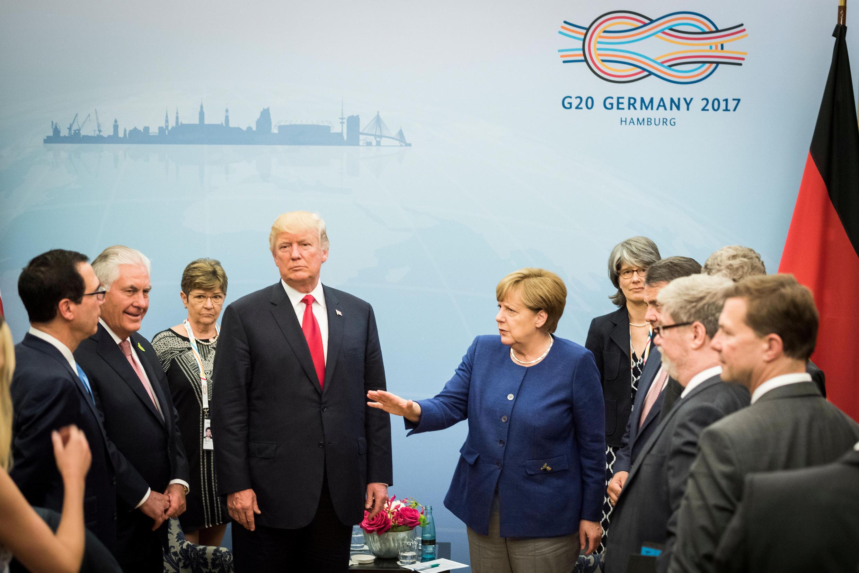 Thủ tướng Đức Angela Merkel đón tổng thống Mỹ Donald Trump tại Hambourg, ngày 06/07/2017, trước hội nghị thượng đỉnh G20.