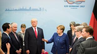 Kansela wa Ujerumani na rais wa Marekani katika mji wa Hamburg tarehe 6 Juni, katika mkesha wa ufunguzi wa mkutano wa G20 tarehe 7 na 8 Julai 2017.