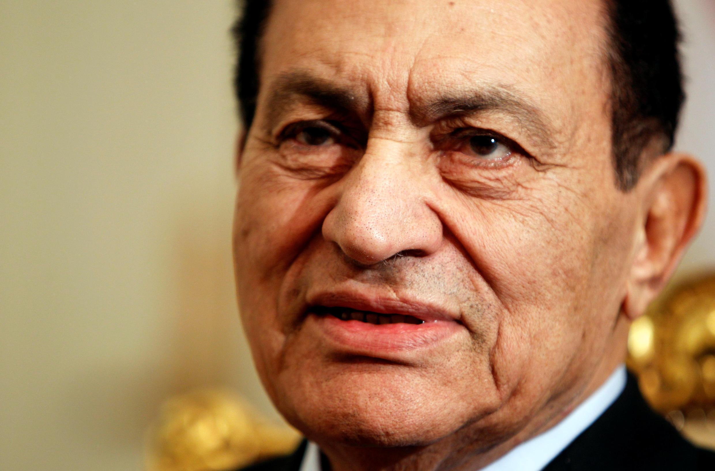 Hosni Mubarak se consagró como héroe nacional tras la guerra en Israel en 1973.