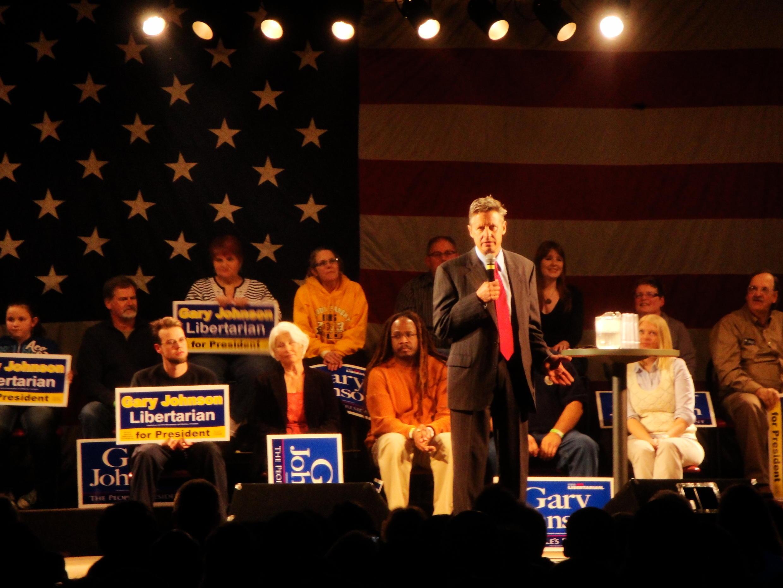 Gary Johnson speaking at a rally in Streetsboro, Ohio on 2 November, 2012