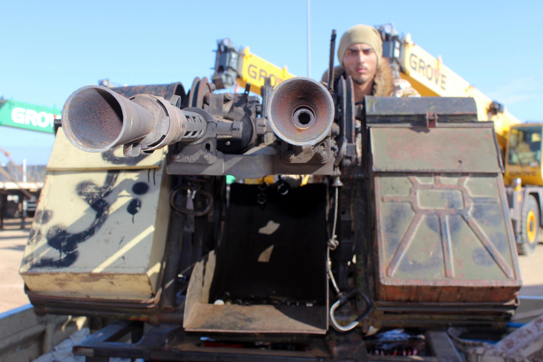 Soldat du gouvernement d'union nationale, sur la ligne de front près de Misrata, le 3 février 2020.
