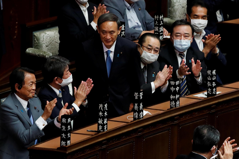 2020-09-16T045220Z_828057976_RC2GZI9QW17E_RTRMADP_3_JAPAN-POLITICS