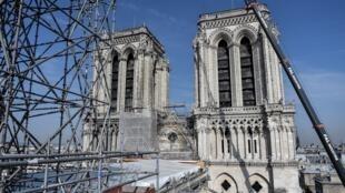 2019年7月17日,巴黎圣母院重建工程俯瞰。