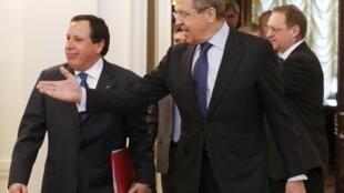 Le ministre russe des Affaires étrangères Sergueï Lavrov et son homologue tunisien Khemaies Jhinaoui, le 14 mars 2016 à Moscou.