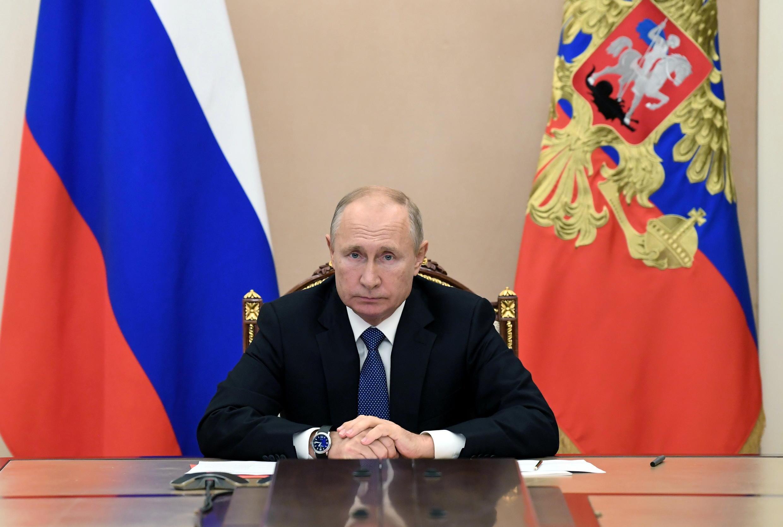 2020-11-06T114746Z_1350053939_RC2NXJ97B0EY_RTRMADP_3_RUSSIA-PUTIN