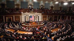 کنگره آمریکا، با تصویب بودجه موقت، دولت فدرال را از تعطیلی دوباره نجات داد.
