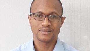 """Boubacar Théra, a bɛ baara kɛ DCAF la n'o bɛ weele """"Centre pour la Gouvernance du secteur de la sécurité""""."""