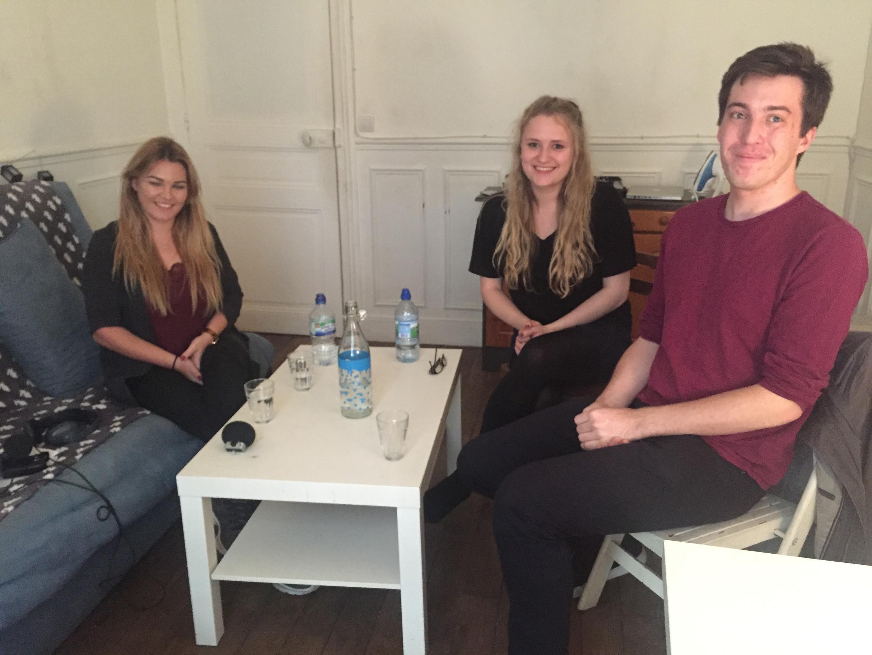 Katrina, Alexandra et Ryan, trois étudiants britanniques choqués par le Brexit.