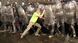 Столкновения в Тбилиси в ночь с 20 на 21 июня 2019