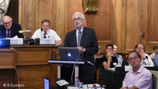 Jean Gayon, le 11 septembre 2016, en Grande salle des séances (Institut de France), à l'occasion du colloque sur la génétique organisé par l'Académie des sciences.