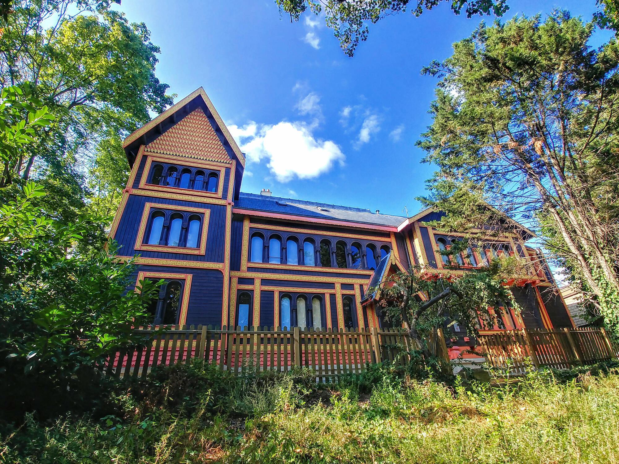 Ngôi nhà Bắc Âu làm bằng gỗ thông, đại diện cho Thụy Điển và Na Uy nhân kỳ Triển lãm Toàn cầu năm 1878