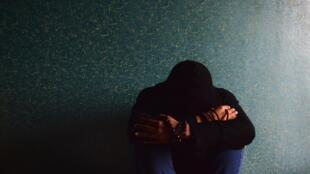 La crise sanitaire a également des effets négatifs en terme de santé mentale