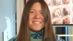 Natalia Villanueva Linares en los estudios de RFI