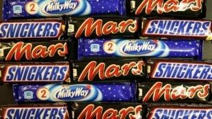 As barras de chocolate Mars, Snickers e Milky Way são as principais visadas pelo recall.