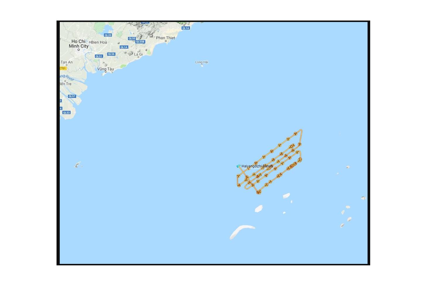 Hoạt động của tàu Hải Dương Địa Chất 8 (Haiyang Dizhi) của Trung Quốc tại bãi Tư Chính của Việt Nam từ ngày 26 đến 30/08/2019. Ảnh chụp màn hình từ Twitter của GS Ryan Martinson.