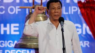 Tổng thống Philippines Duterte phát biểu tại lễ nhận lại ba quả chuông Balangiga, ngày 15/09/2018.