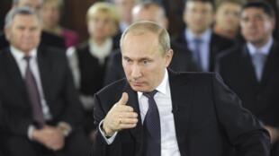 Thủ tướng Putin họp với các lãnh đạo đảng Nước Nga Thống nhất phụ trách các vùng, ngày 06/12/2011