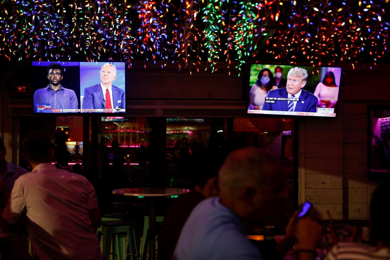 Wakati wa mdahlo, Donald Trump na Joe Biden wameendelea kutupiana chche za maneno.