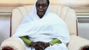 Asma Abdallah, une diplomate expérimentée écartée sous le régime Béchir, a été nommée ministre des Affaires étrangères.