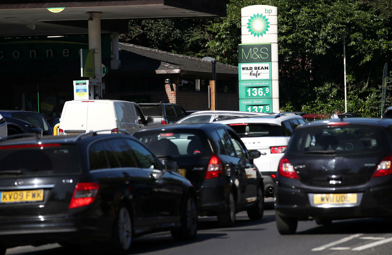 station service essence pénurie royaume uni uk
