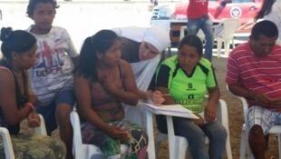Diariamente, imigrantes venezuelanos chegam a Roraima em busca de uma vida melhor