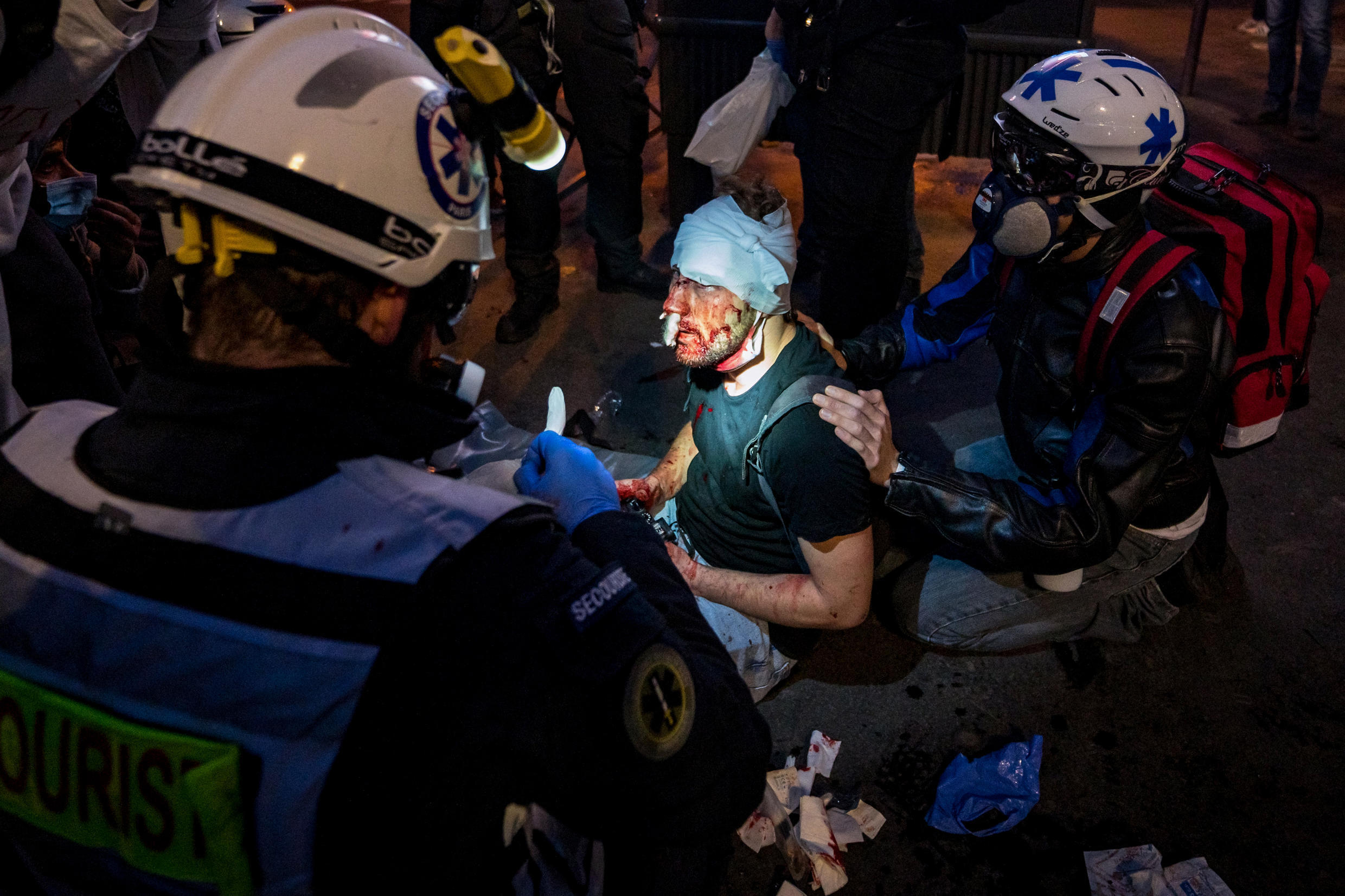 2020-11-29 france paris protest police brutality press freedom photographer Ameer Alhalbi syria