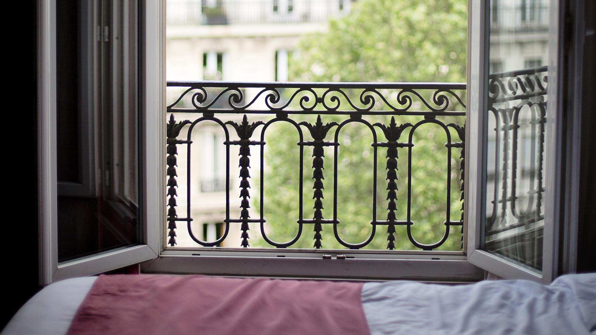 bedroom-window-1434067